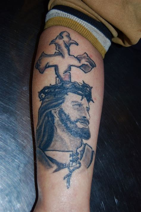 jesus tattoo on arm pics jesus tattoos and designs page 58