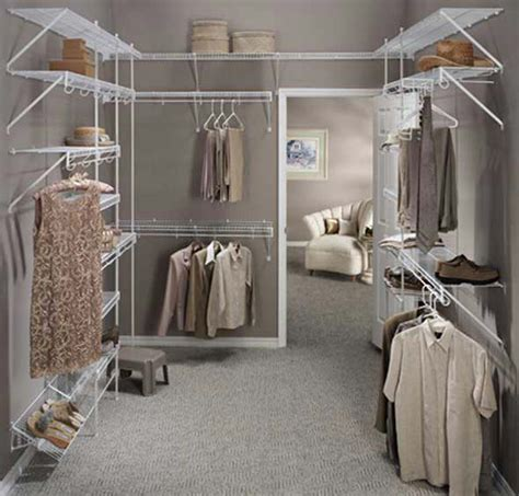 Walk In Wardrobe Ideas Designs by Walk In Closet Design Ideas Kitchentoday