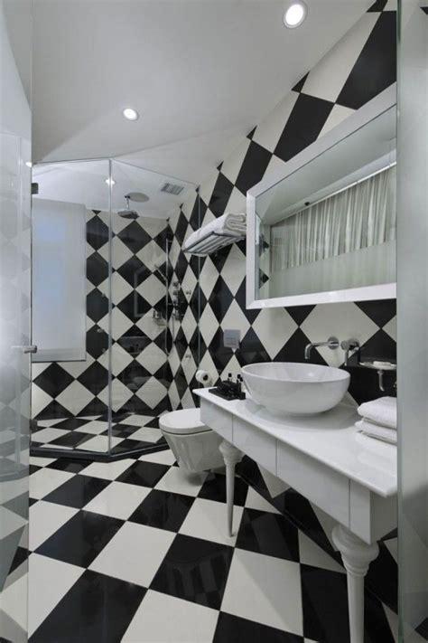 badezimmer fliesen schwarz die besten 17 ideen zu fliesen schwarz wei 223 auf