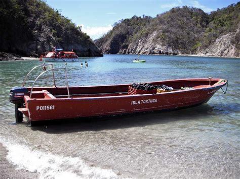 tortuga beach boats costa rica the cruisington times - Tortuga Fishing Boat