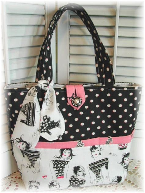 cute handbag pattern cute purse but i don t like the bottom pattern of the