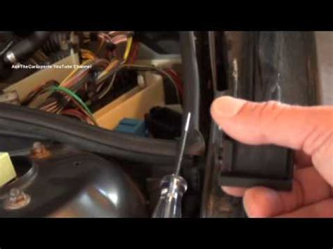 bmw  box  series  engine computer engine fuse locations engine main relay wiper relay
