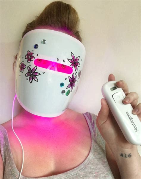 does the neutrogena light mask work fighting acne with the power of light toronto reviews