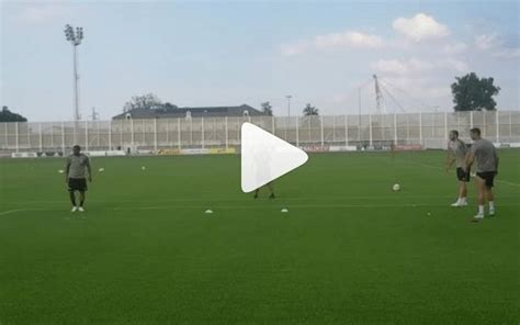 video cristiano ronaldo loses juventus training ground game