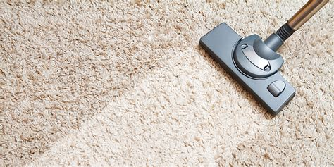 how to vacuum carpet q a how to vacuum and deep clean your dirty area rug