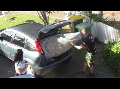 How To Move A Mattress In The by How Much Mattress Can You Fit Into A Small Car