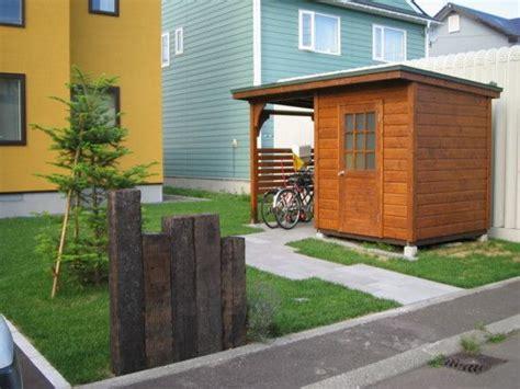 自転車小屋付きの木製物置 自転車スペースが1800 215 1800 物置スペースも1800 215 1800 ship