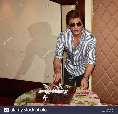 film india terbaru november 2017 indian actor shahrukh khan stock photos indian actor