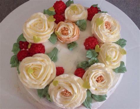torte decorate fiori la pasticceria moderna torte decorate con fiori di