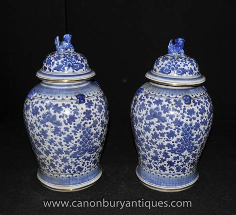 chinese ginger jars pair blue white porcelain kangxi chinese ginger jars urns