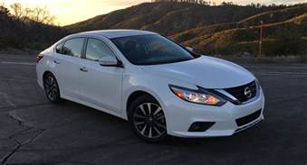Are Nissan Altimas Cars 2016 Nissan Altima Sl Review Us Drive Caradvice