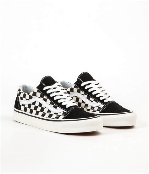 vans old skool 36 dx checkerboard pattern extorted vans old skool 36 dx anaheim factory shoes black check