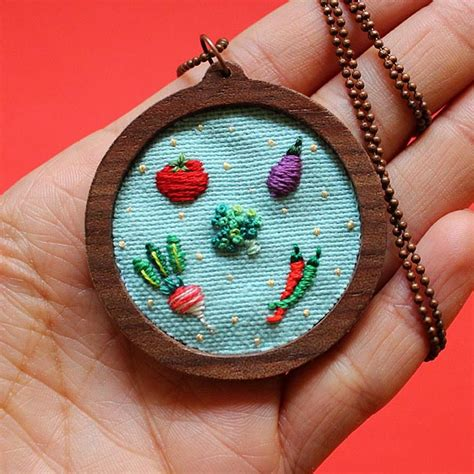 design sponge embroidery instagram 18 embroidery instagram feeds to follow design sponge