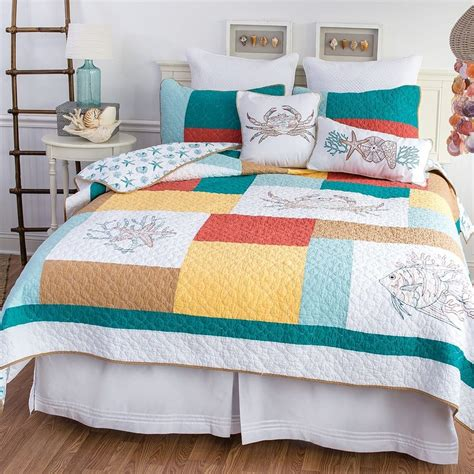 c and f bedding coral gables beach house full queen quilt 90 quot x 92 quot c f