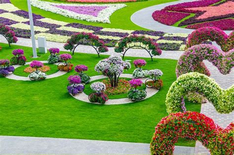 beautiful flower gardens of the world dubai miracle garden world flower garden
