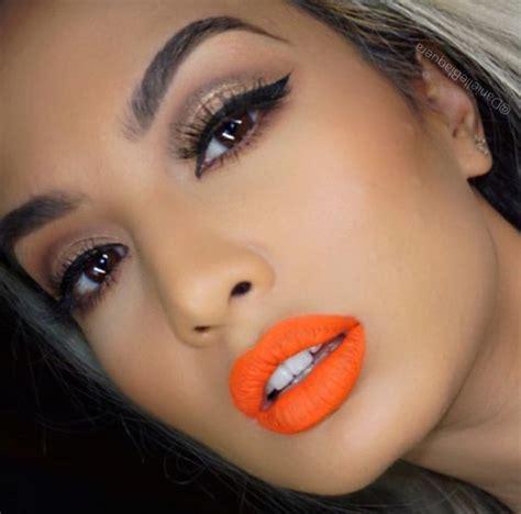 imagenes de ojos naranjas soczysty makijaż z pomarańczową szminką w roli gł 243 wnej