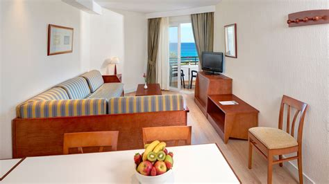 Apartments Mit 1 Schlafzimmer by Zimmer Des Aparthotels Hipotels Dunas Cala Millor