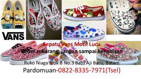 Sepatu Vans Warna Merah Marun 0822 8335 7971 tsel sepatu vans the wall warna merah
