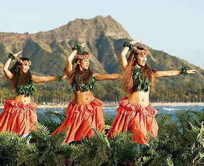 quinceanera themes hawaiian hawaiian luau quinceanera theme 15 themes and ideas