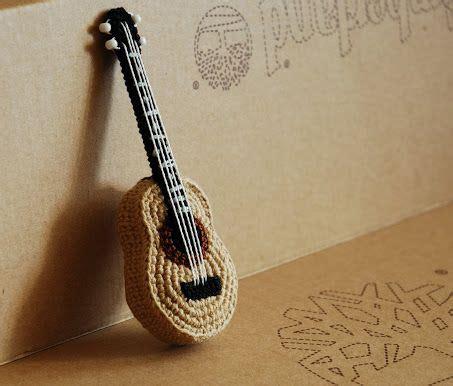 amigurumi guitar pattern free cro crochet crochet guitar crochet amigurumi