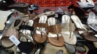 Sepatu Nevada St Yves sandal merek fladeo diskon 50 persen di matahari