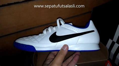 Harga Nike Tiempo Genio sepatu futsal nike tiempo genio putih biru