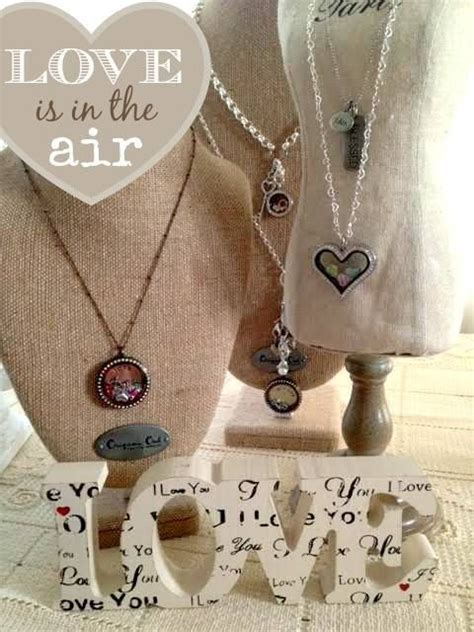 Origami Owl Necklace Display - we are in with this inspired origami owl