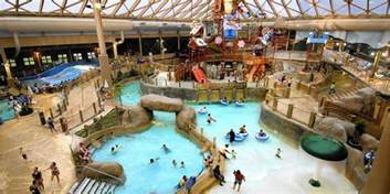 two new water parks challenge great lodge in the poconos