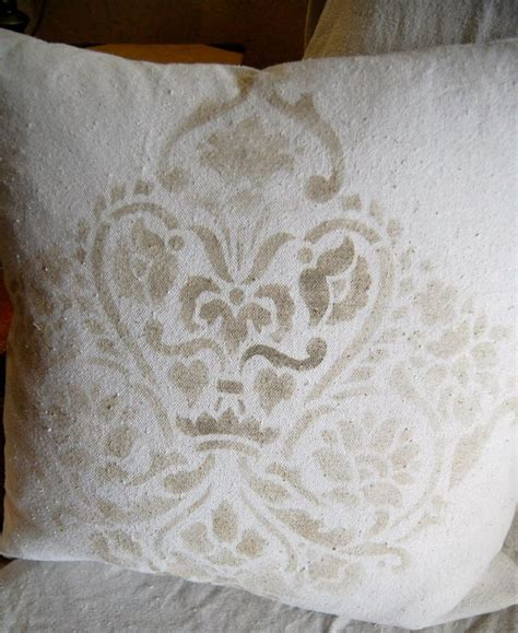 chalk paint on fabric 25 best ideas about chalk paint fabric on