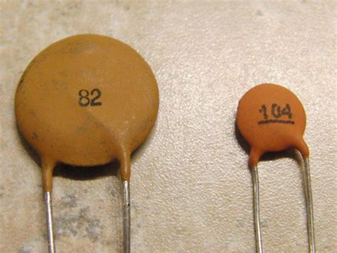 voltage rating for ceramic capacitor does the physical size of through ceramic capacitors relate to voltage rating electrical