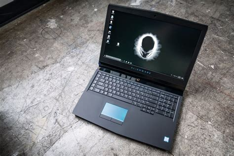 alienware 17 r5 review pcworld