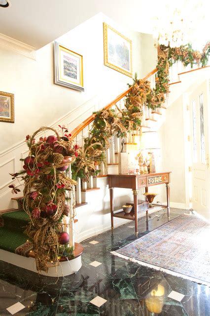 ordinary Staircase Christmas Decorating Ideas #3: 1543.jpg