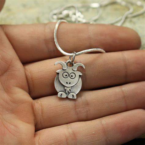 8 Pretty Necklaces For Summer by 1pcs Wholesale Goat Necklace Pendants For