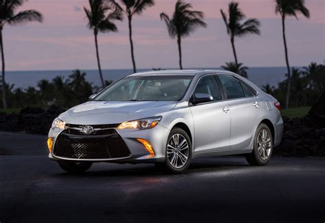 Toyota Se Test Drive 2015 Toyota Camry Se Review Car Pro