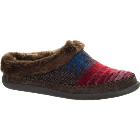 womens woolrich slippers woolrich footwear dove creek slipper s