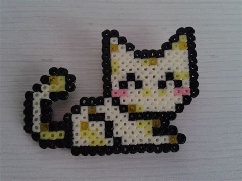 perler bead cat yellow cat with hama mini by ms self destruct on
