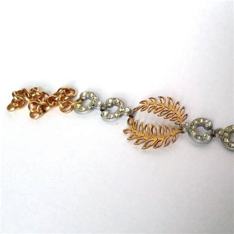 deco and gold laurel bracelet by la epoque
