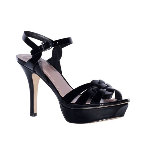 vince camuto toleo platform sandals in black black patent