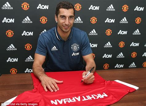 www man u new signing for 2016 henrikh mkhitaryan joins manchester united in 163 26m move as