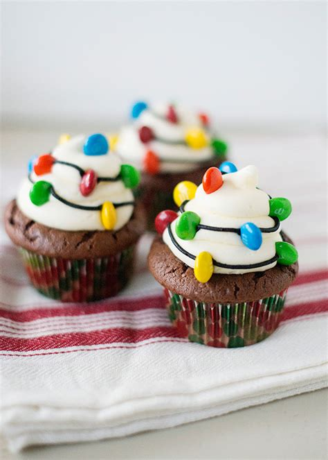 light cupcakes baked