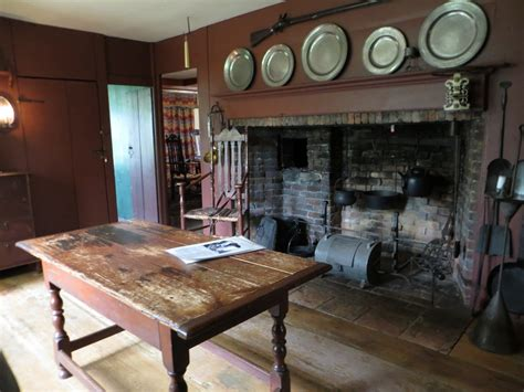 Decorating Historic Homes Purposeful Wrongness At The Shelburne Museum