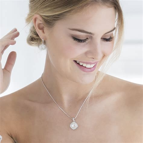 Touchstone Crystal by Swarovski ? Jewelry Home Parties