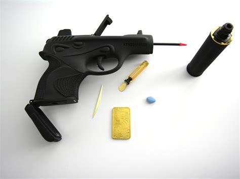001 Chanel Be file ted noten chanel 001 gun bag 2011 jpg wikimedia commons