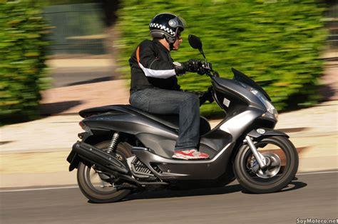 Suku Cadang Honda Pcx 125 prueba honda pcx 125 en la diana motos scooter honda