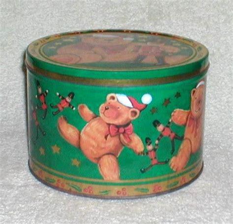 christmas cookie biscuit tin collectors weekly