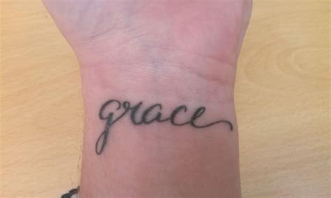tattoo on hand peeling tattoo peeling 2017