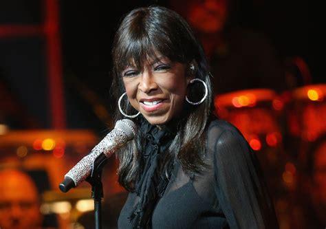 singer natalie cole has died wregcom singer natalie cole dead at 65 extratv com