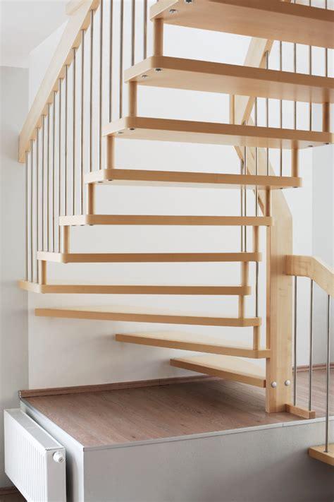 Handläufe Für Treppen by Holz Dekor Treppe