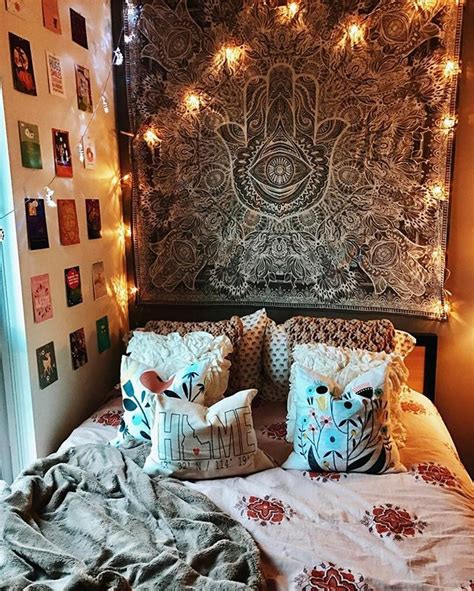 uni bedroom decorating ideas 17 best ideas about college bedrooms on pinterest