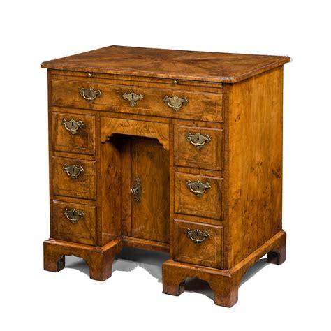 Antique Desk Ls Uk by Antique George I Walnut Kneehole Desk Richard Gardner